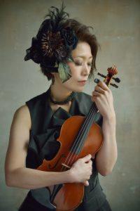 会田桃子、ヴァイオリン