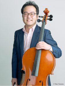袴田容、チェロ奏者